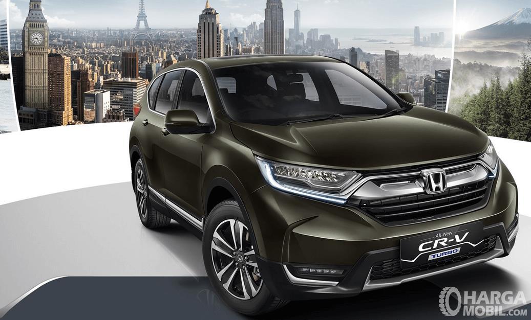 Gambar ini menunjukkan All New Honda CR-V tampak bagian depan