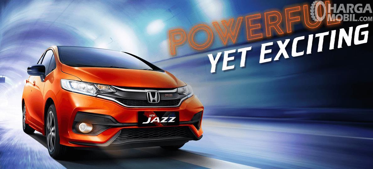 Gambar ini menunjukkan mobil All New Honda Jazz tampak bagian depan