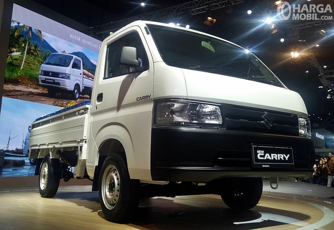 Foto menunjukkan bagian depan Suzuki New Carry Pick Up 2019