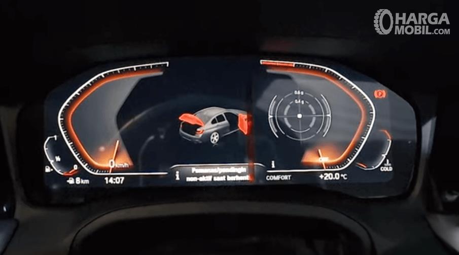 Gambar ini menunjukkan layar pada mobil  All-New BMW 330i M Sport 2019