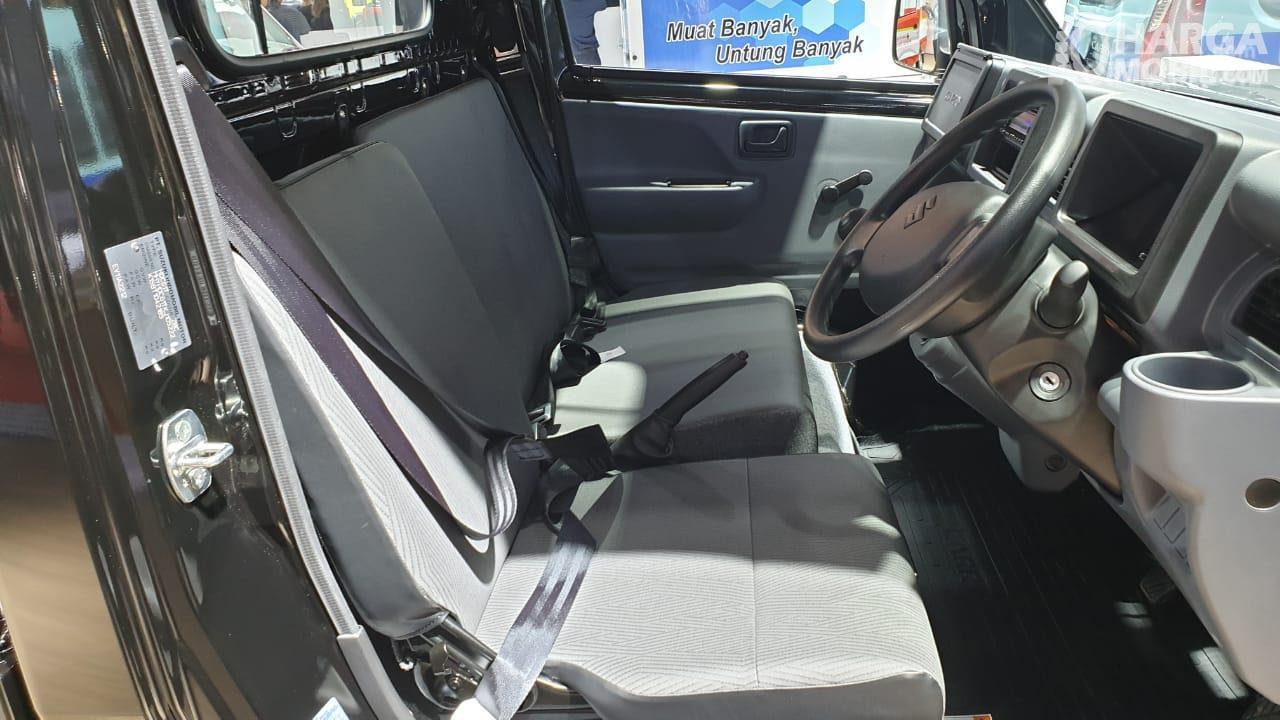 Foto menunjukkan Jok Suzuki Carry Pick Up 2019