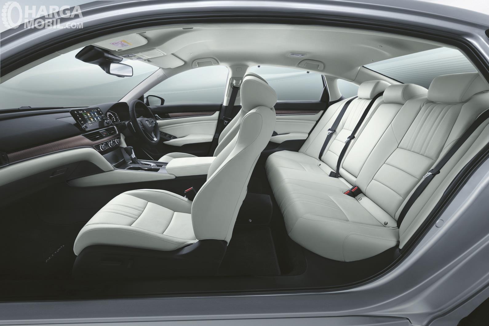 Interior Honda Accord 2019 Dibalut material premium