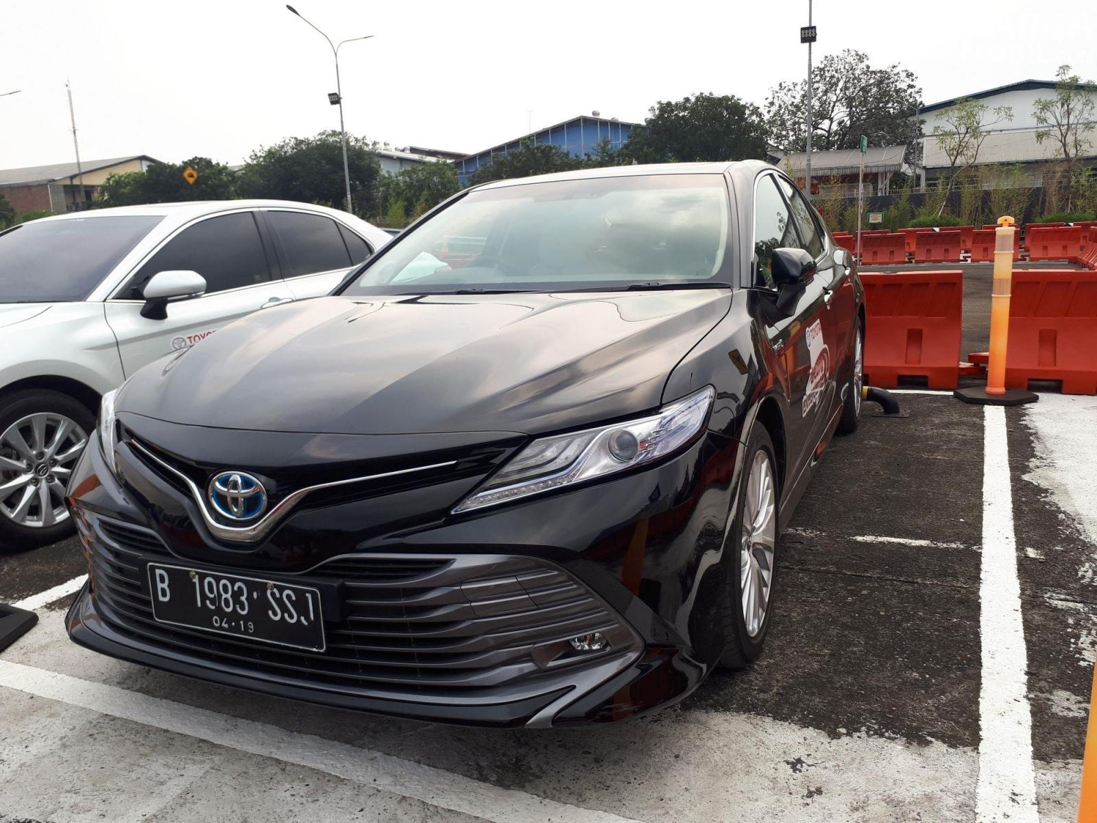 Kekurangan Harga Toyota Camry Harga