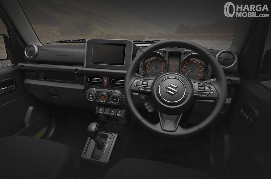 Foto menunjukkan Dashboard dan setir Suzuki Jimny 2019