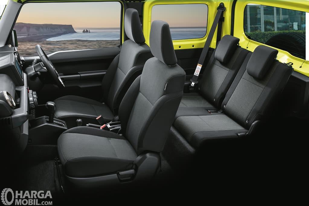Foto konfigurasi kursi Suzuki Jimny 2019