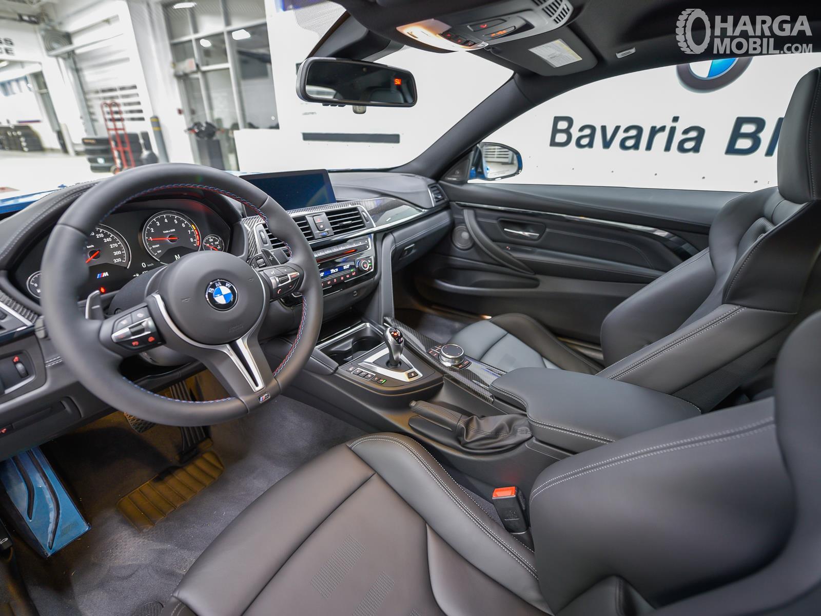 Foto kabin New BMW M4 CS RWD Coupe 2019 - mewah dan sporty