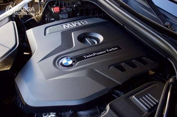 Mesin BMW X4 2019 mampu menyentuh daya maksimum hingga 252 dk dan torsi 350 Nm