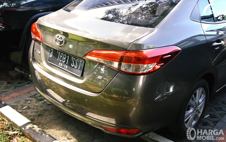 Foto Toyota Vios E CVT 2019 bagian belakang