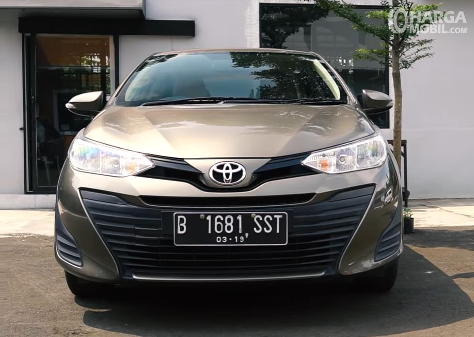 Foto Toyota Vios 1.5 E CVT 2019 tampak dari depan