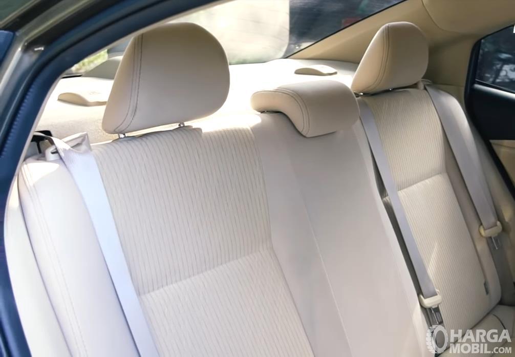 Foto Kursi Belakang Toyota Vios 1.5 E CVT 2019