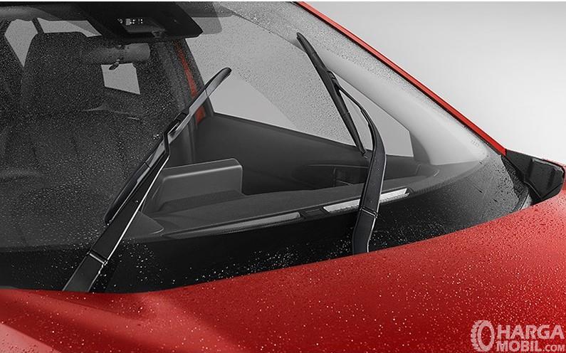 Gambaran fitur Rain Sensor pada Mitsubishi Eclipse Cross 2019