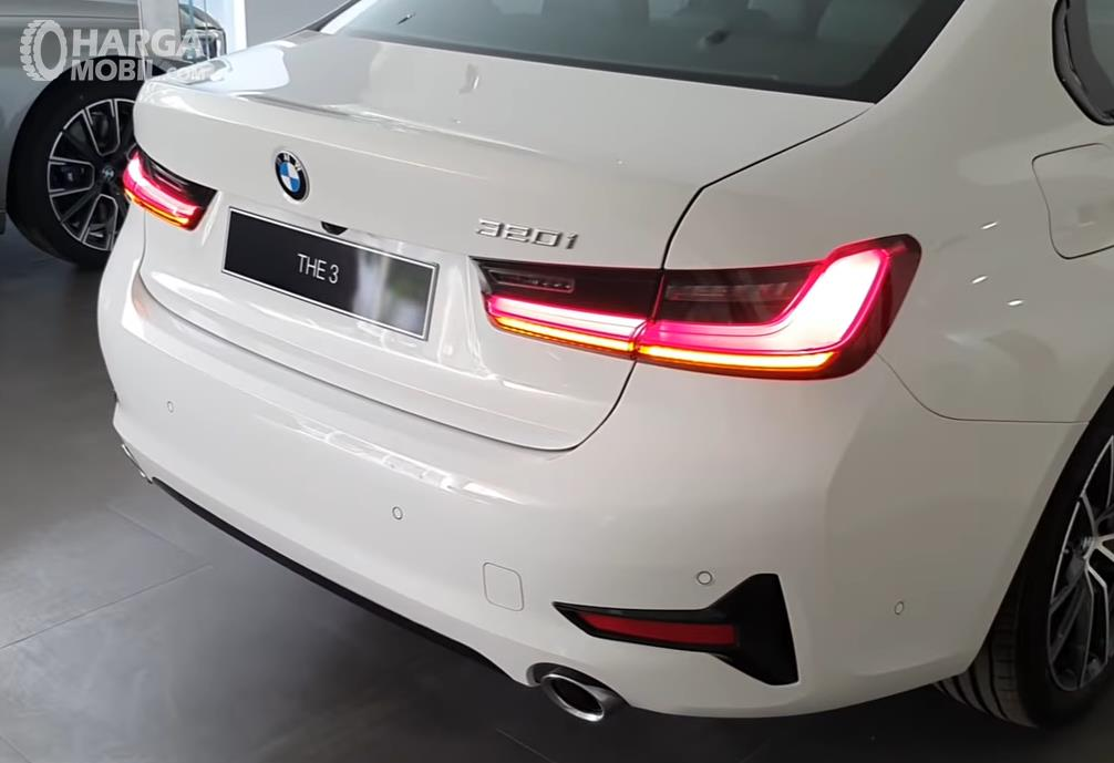 Foto Bagasi All New BMW 320i Sport 2019