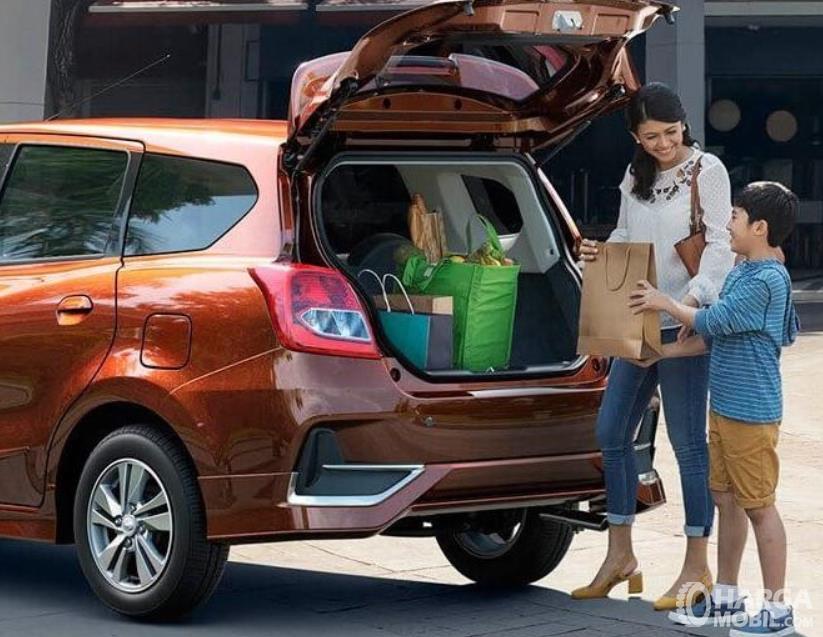 Gambar ini menunjukkan bagasi mobil All New Datsun GO+ Panca M/T 2019