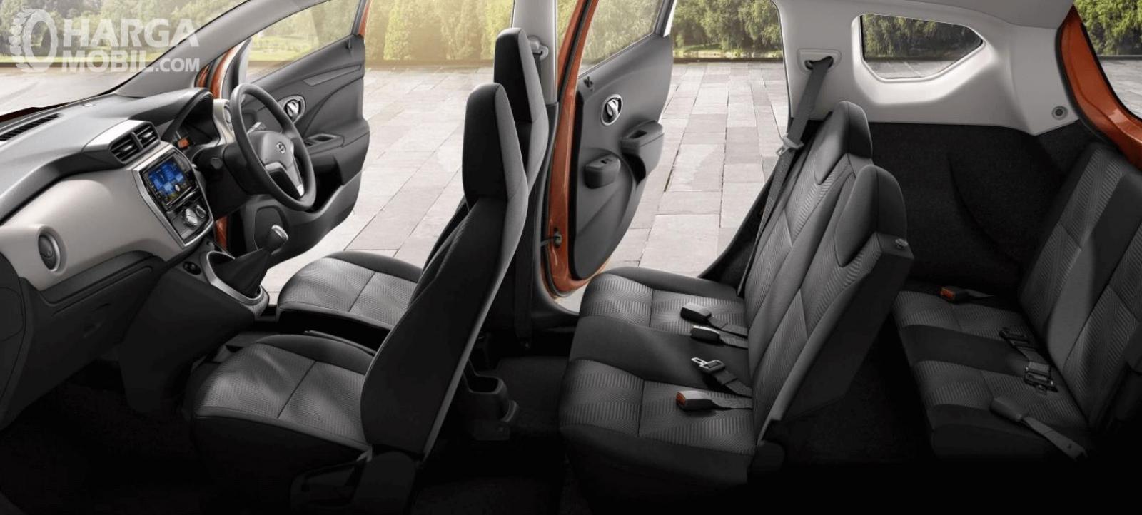 Gambar ini menunjukkan jok mobil All New Datsun GO+ Panca M/T 2019