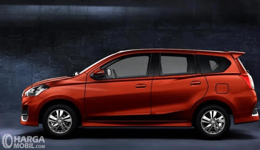 Gambar ini menunjukkan bagian samping kiri mobil All New Datsun GO+ Panca M/T 2019