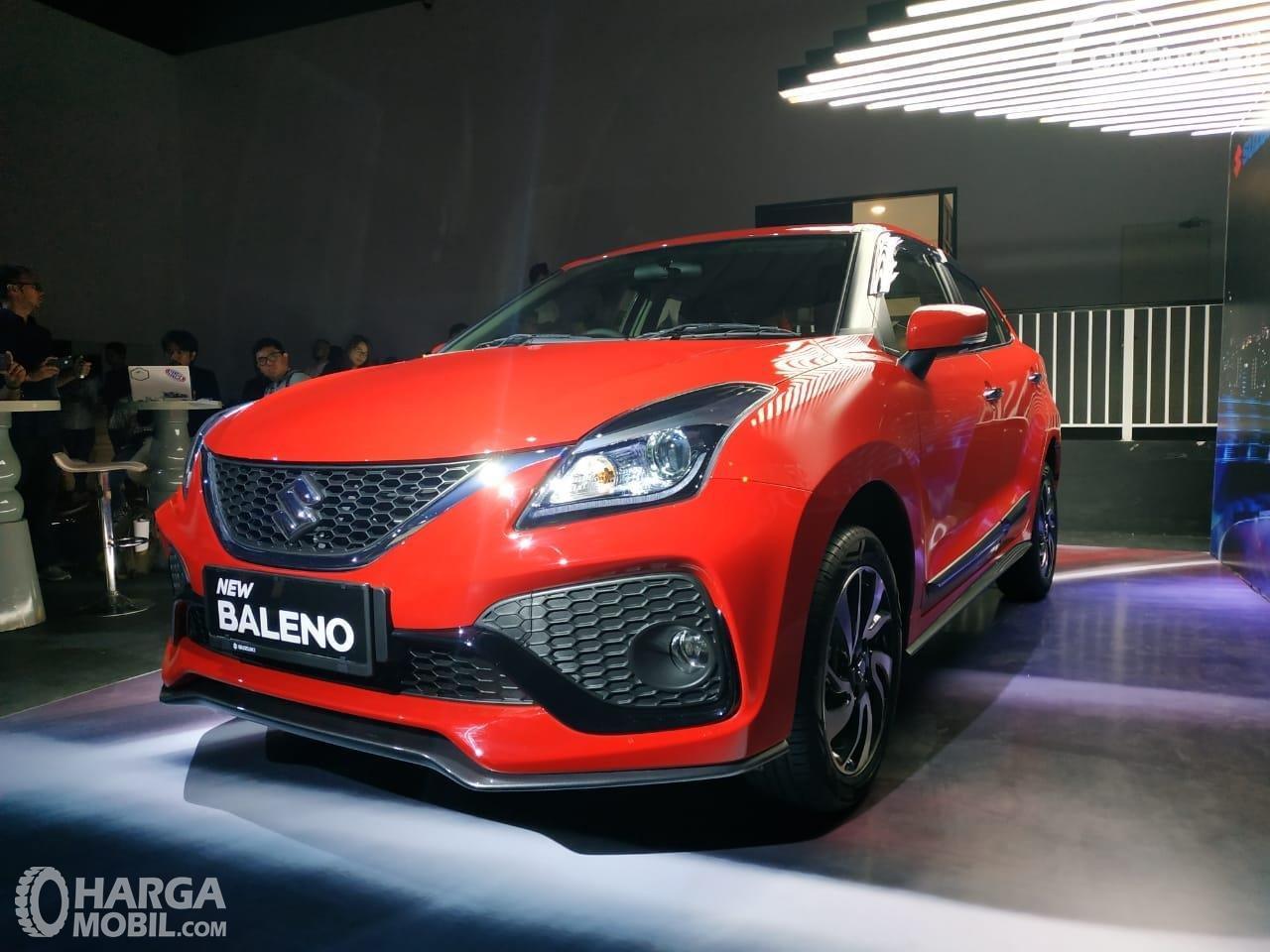 Foto menunjukkan Suzuki New Baleno Hatchback 2019 tampak dari depan