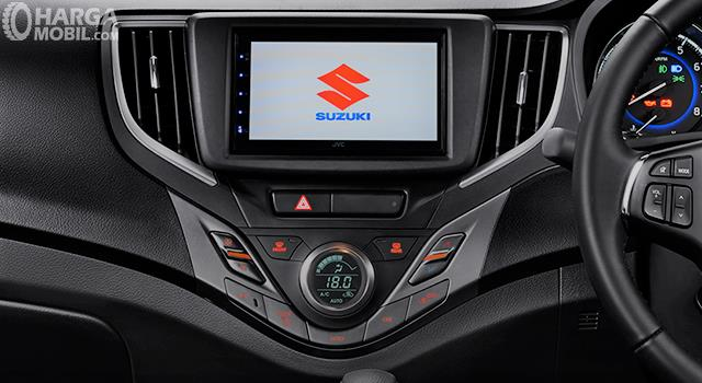Foto menunjukkan Head unit Suzuki New Baleno Hatchback 2019