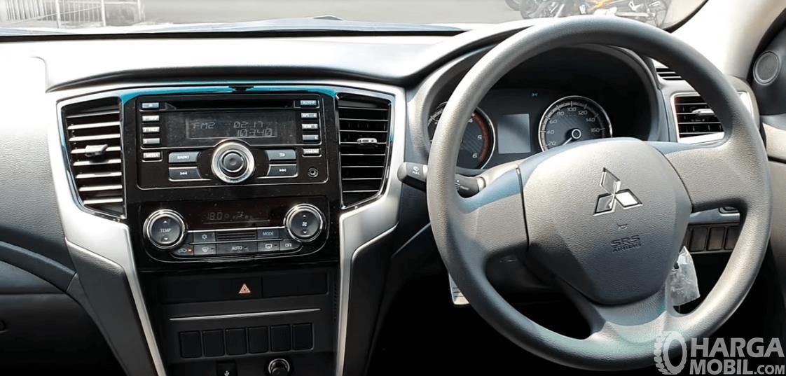 Gambar ini menunjukkan fitur Mitsubishi Triton GLS MT D-Cab 2019