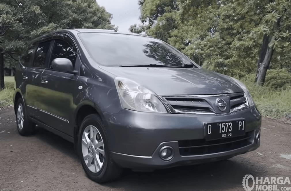 Spesifikasi Mobil Nissan Grand Livina Xv 2012 Temani Perjalanan Bersama Keluarga