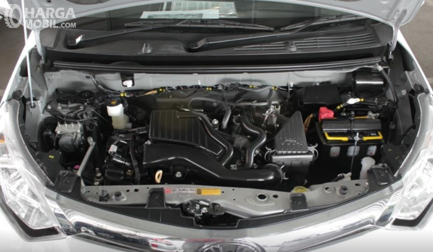 Gambar ini menunjukkan mesin Toyota Calya G MT 2017