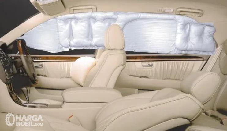 Gambar ini menunjukkan Curtains Airbags Pada Mobil