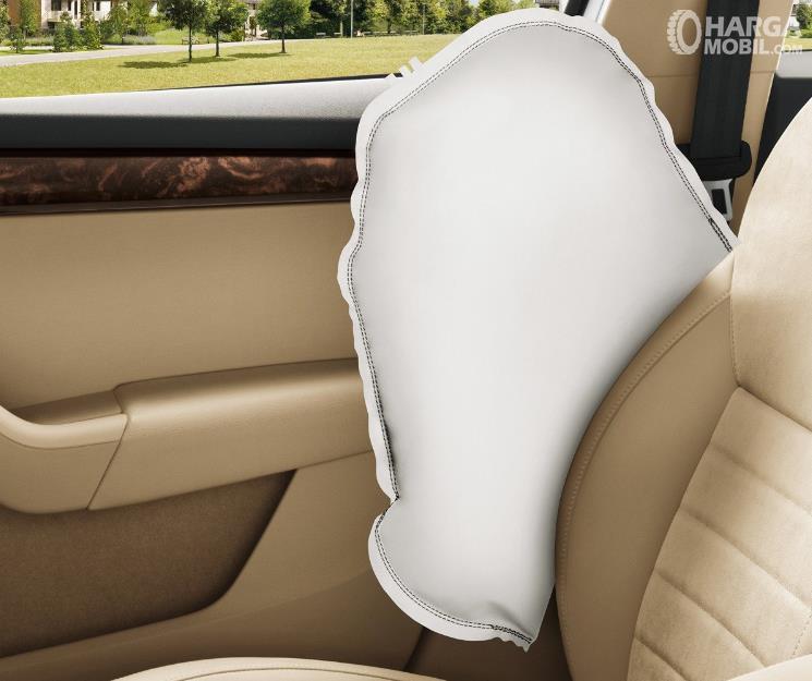 Gambar ini menunjukkan Side Airbags pada mobil
