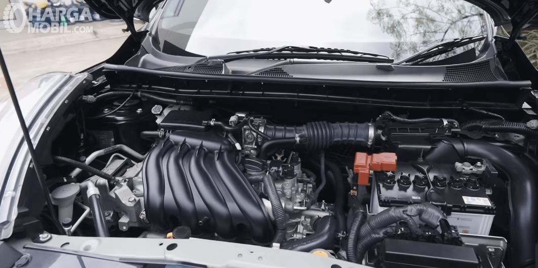 Gambar ini menunjukkan mesin Nissan Juke Revolt II 2019