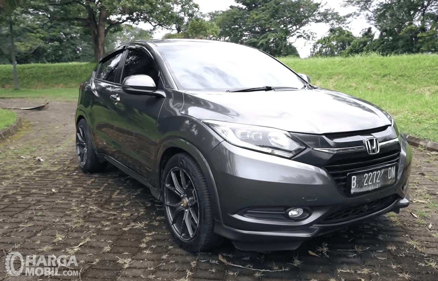 Spesifikasi Honda HR-V 1.8L Prestige 2016 : Mobil SUV Dengan Kabin Lega Dan Bagasi Luas