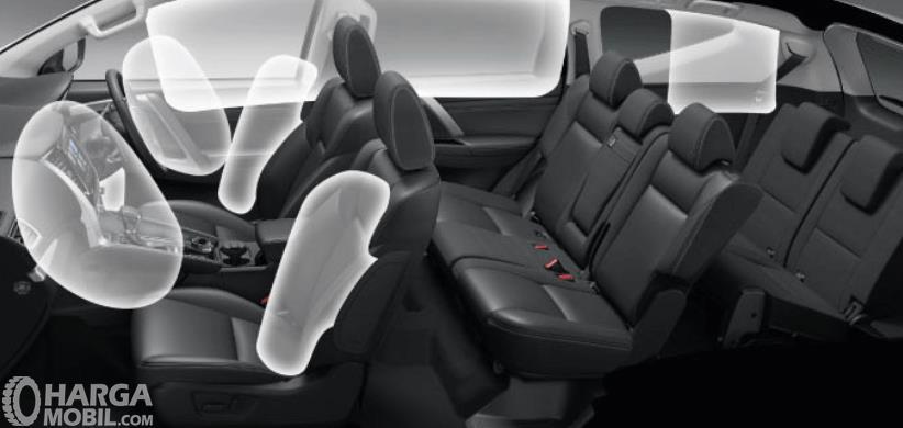 Gambar ini menunjukkan fitur airbags pada mobil Mobil Mitsubishi Pajero Sport Dakar Ultimate 4x4 2021
