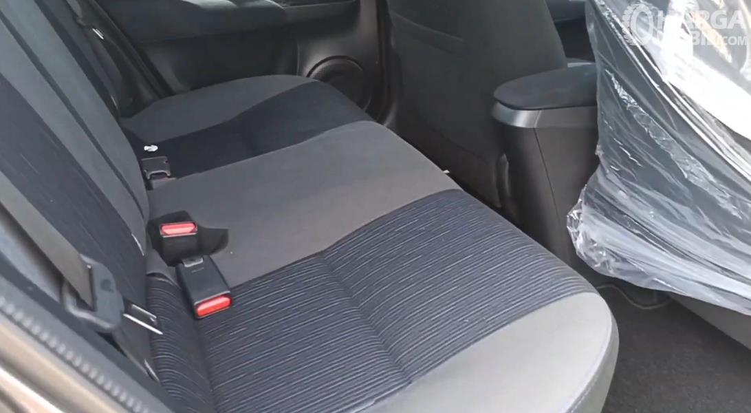 Gambar ini menunjukkan jok mobil Toyota Yaris G 2020