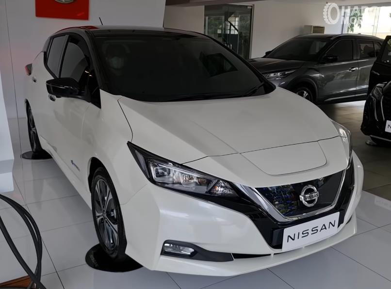 Spesifikasi Nissan Leaf 2021 : Mobil Listrik Bisa Capai 311 KM Saat Baterai Penuh