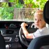 Ada Larangan Anak Di Bawah Umur mengemudi Mobil Di Jalan, Apa Alasannya?