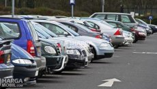 Cara Parkir Mobil Aman Untuk Pengemudi Pemula