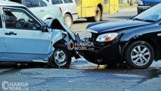 Jangan Panik Bila Terlibat Kecelakaan Mobil, Lakukan Hal Hal Ini