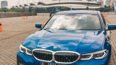 Daftar Harga BMW 3 Series 2019 : Sports Sedan BMW Semakin Canggih dan Agresif