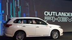 Daftar Harga Mitsubishi Outlander PHEV 2019 : Berkendara Bebas Emisi