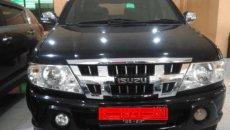 Review Isuzu Panther 2010 : Mobil MPV Ground Clearance Tinggi Dengan Tenaga Mumpuni
