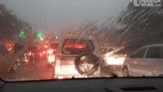 Mengenal Fungsi Water Repellent Untuk Mobil Dan Kelebihannya Saat Musim Hujan