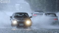 Awas Mobil Terpeleset Karena Hujan, Perhatikan Bagian Ini Untuk Pencegahan