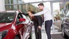 Inilah Waktu Terbaik Membeli Mobil Bisa Jadi Rekomendasi