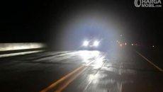 Mengenal Waktu Yang Tepat Menyalakan Lampu Jauh Mobil Saat Malam Hari