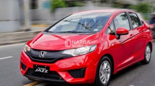 Review Honda Jazz 2015, Mobil Hatchback tumpuan Honda