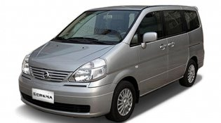 Review Nissan Serena 2012
