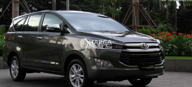 Review Toyota Innova 2016