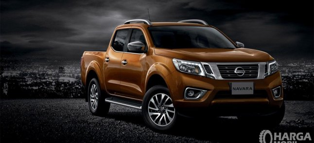 Review Nissan Navara 2015