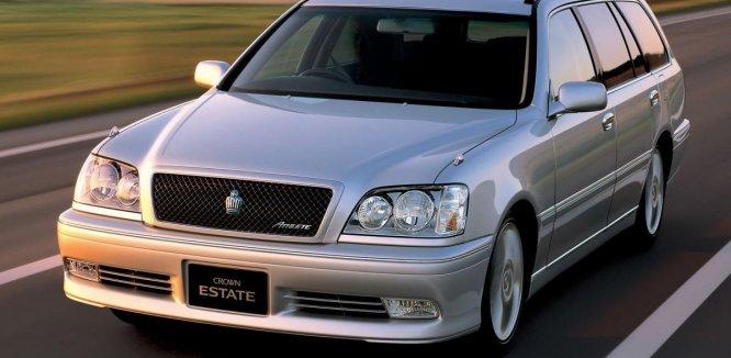Review Toyota Crown Estate 2001: Sedan Mewah Berbentuk Station Wagon