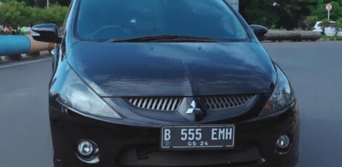 Review Mitsubishi Grandis 2.4 AT 2006: Mobil MPV 7 Penumpang Dengan Kabin Lapang