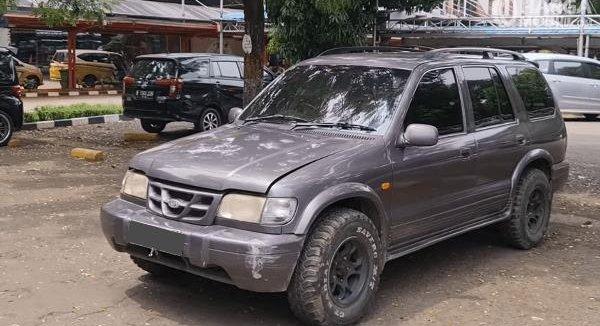 Spesifikasi Mobil KIA Sportage 2000 : SUV Petualang Dengan Bagasi Super Lega
