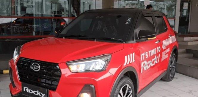 Spesifikasi Daihatsu Rocky R TC ASA 2021 : Fitur Lengkap Interior Modern
